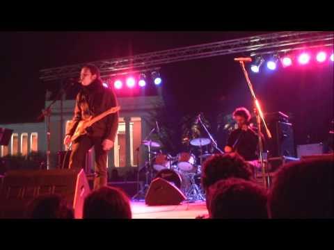 music Αλκίνοος - Έχω μια Λέξη  (live )