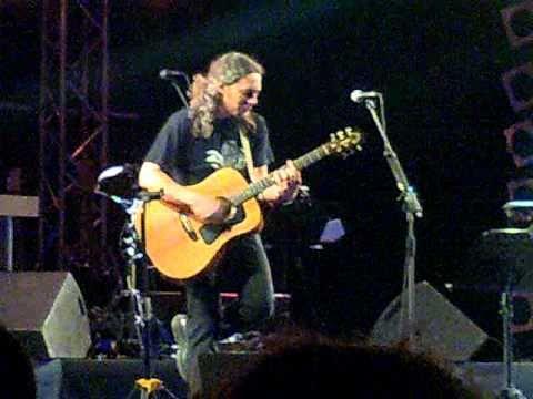 music Alkinoos Ioannidis - O Kosmos Pou Alazi [Live@Lykavitos Theater 13/09/2010,Athens,GREECE]