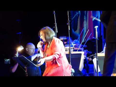 music Χάρις Αλεξίου -  היו לילות