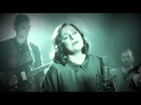 music Η Πρώτη Αγάπη - Χάρις Αλεξίου (Video Clip)