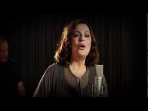 music Εν Τούτοις - Χάρις Αλεξίου (Video Clip)