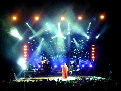 music Xaris Alexiou - Ola se thumizoun Live