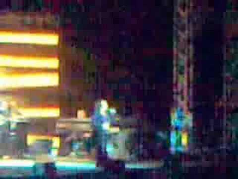 music Haris Alexiou - O Fantaros Live