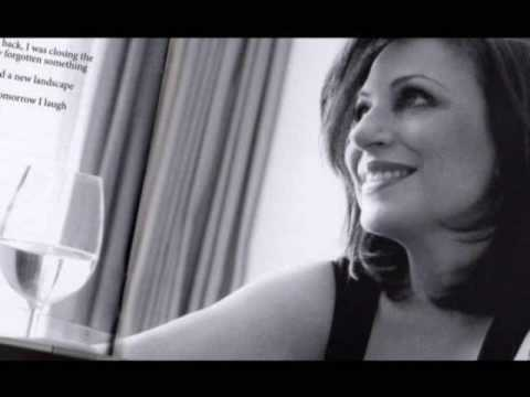 music Η Αλεξίου δίνει συνέντευξη στα ΜΜΕ Παντείου 11/09