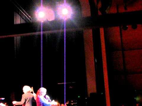 music Χάρις Αλεξίου - Canzone arrabbiat (Canto per me) @ Ελληνικό θέατρο 2011