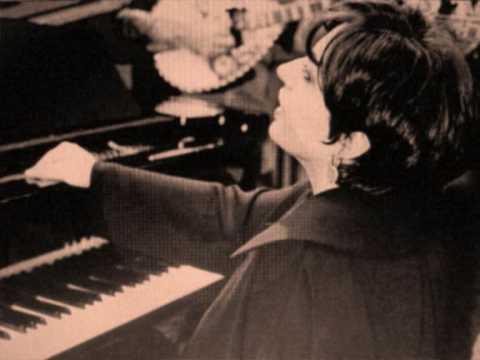 music Χάρις Αλεξίου - Ο άνθρωπος του κάβου