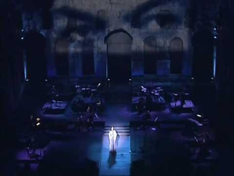 music Xaris Alexiou - Λίγα γαρούφαλα - Liga Garoufala - Χάρις Αλεξίου