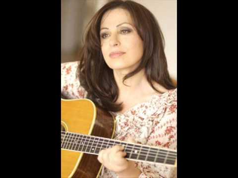 music Xaris Alexiou - Eisai i Nixta me ta Ainigmata