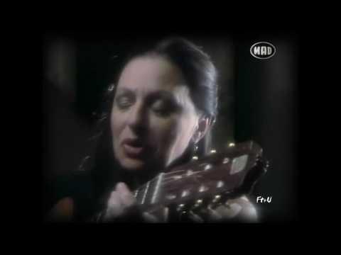 music Oi filoi mou - Xaris alexiou