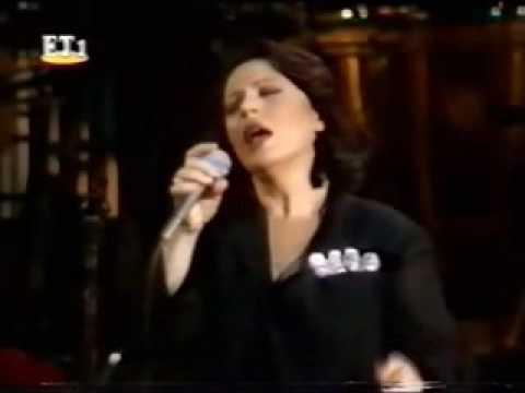 music Haris Alexiou - Canzone Arrabbiata (canto per me) - Odeon of Herodes Atticus - 1994