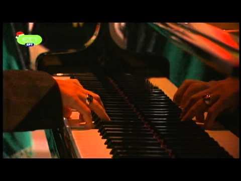 music Haris Alexiou-Dimitra Galani | Ela mazi mou | 31/12/2011