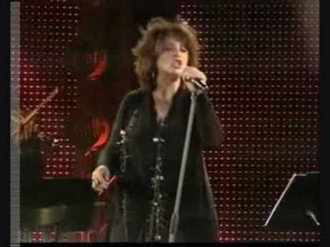 music Χάρις Αλεξίου-Μέσ' τα δυο της μάτια (Λυκαβηττος-15/06/09)