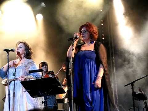 music Haris Alexiou & Martha Frintzila - Oi magkes den yparxoun pia & Orchestra