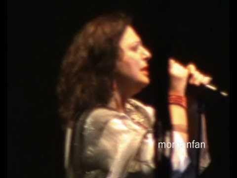 music Χάρις Αλεξίου-Όλες του κόσμου οι Κυριακές[18/9/2010]