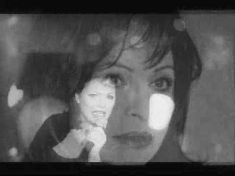 music Χάρις Αλεξίου- Κάτω απ' τη μαρκίζα