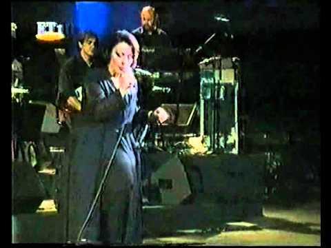 music Χάρις Αλεξίου - Τα πέδιλα