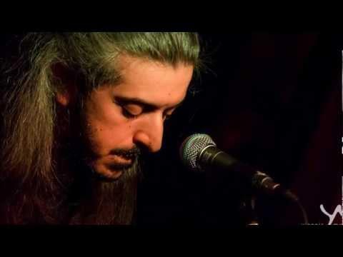 music Γιάννης Χαρούλης - Η ουρά του αλόγου