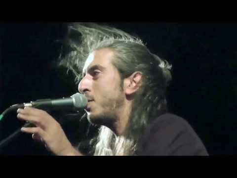 music Εγώ δεν είμαι ποιητής | Γιάννης Χαρούλης