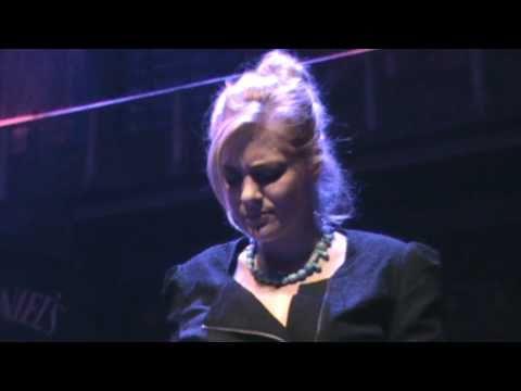 music Natassa Bofiliou - Pws na swpasw mesa mou (StN 17.04.2011)