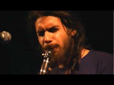 music Κ. Πιστιόλης, Γ. Χαρούλης - Πες μας Χάρε & Ζαλίζομαι