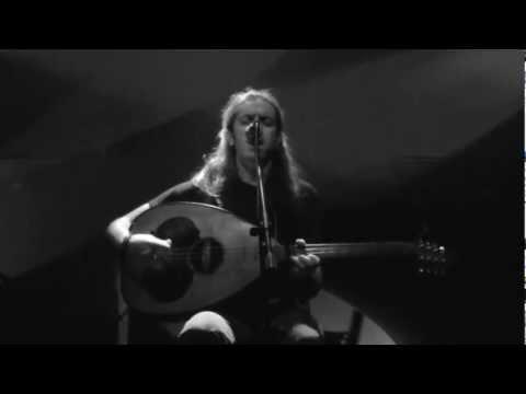 music Γιάννης Χαρούλης | Όλοι μου λένε γιάντα κλαις