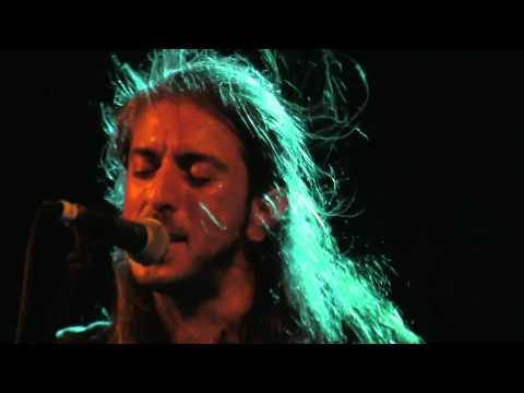 music Γιάννης Χαρούλης | Συ με μαθες πως αγαπούν
