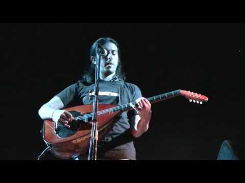 music XAROULIS YIANNIS - ELA PARE ME (Goudi 2009)