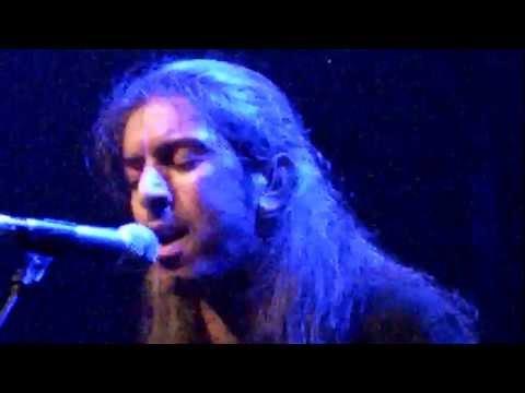 music Ο ΑΚΡΟΒΑΤΗΣ - ΓΙΑΝΝΗΣ ΧΑΡΟΥΛΗΣ