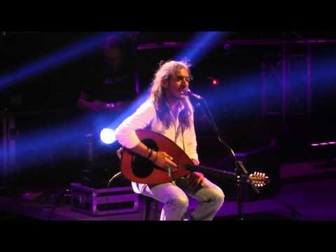 music Ερωτόκριτος | Γιάννης Χαρούλης ( Λυκαβηττός 2013 )