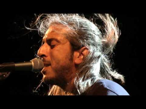 music Συ με μαθες πως αγαπούν | Γιάννης Χαρούλης