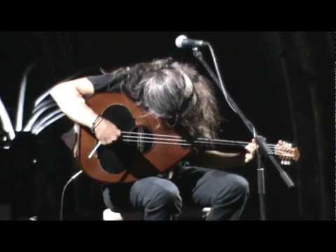 music Giannis Xaroulis - Erwtokritos(Ta thlivera mantata) (Gazi 06.06.2012)