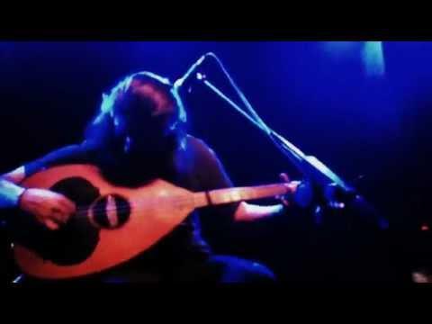 music Γιάννης Χαρούλης | Η Πέρδικα | Μια μάνα που'χε ένα γιο
