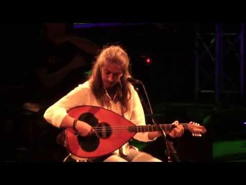 music Χειμωναθός  | Γιάννης Χαρούλης ( Λυκαβηττός 2013 )