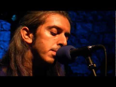 music Γιάννης Χαρούλης - Venceremos @ Ελευσίνα, 05/09/2011
