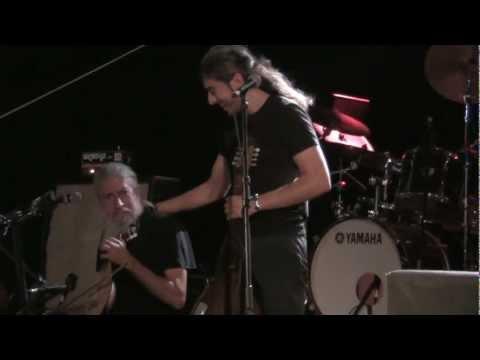 music Γιάννης και Μανώλης Χαρούλης | Τούτο το μήνα