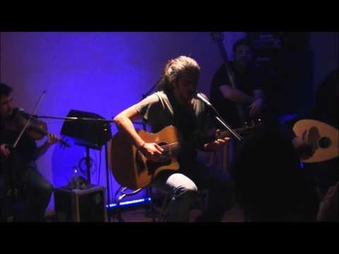music Γιάννης Χαρούλης - Άγιοι @ Δοχός, 17/12/2011