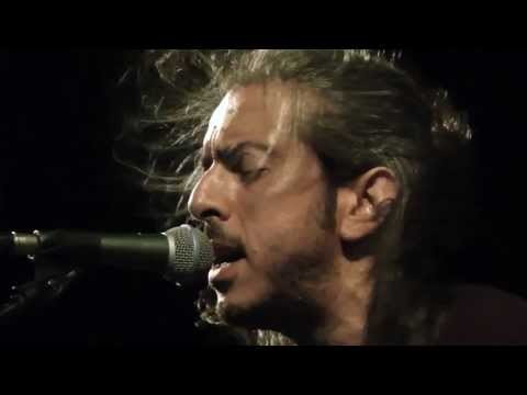music Μάνα μου Ελλάς | Γιάννης Χαρούλης