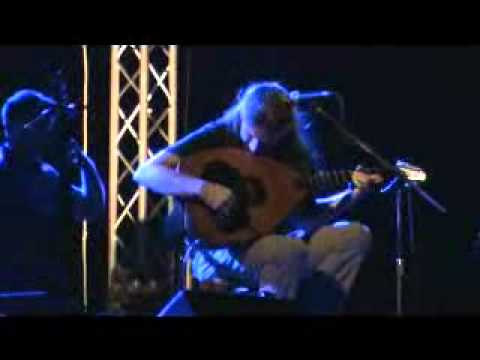 music Γιάννης Χαρούλης - Του Λασιθιού τη στράτα (21/08/2010)