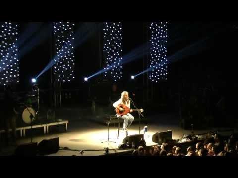 music Όταν χαράζει | Γιάννης Χαρούλης ( Λυκαβηττός 2013 )