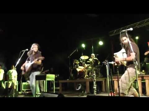 music Η ουρά του αλόγου | Γιάννης Χαρούλης ( Κόνιτσα 2013 )