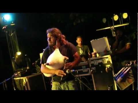 music Γιάννης Χαρούλης - Η τίγρη @ Βαρβάρα, 29/7/2011