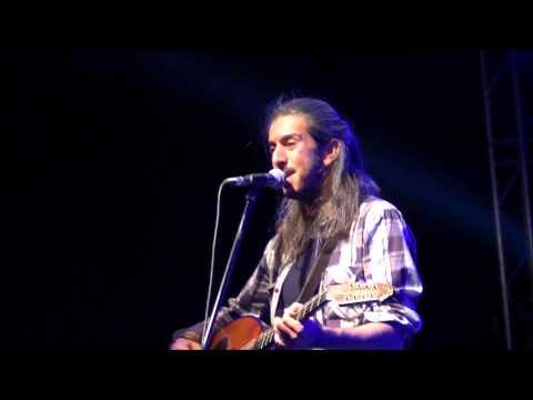 music Γιάννης Χαρούλης - Τι λάθος κάνω @ Δ.Ε.Θ., 18/05/2013