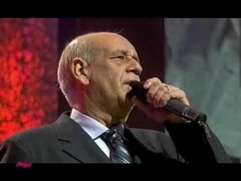 music ΜΙΑ ΖΩΗ ΜΕΣΑ ΣΤΟΥΣ ΔΡΟΜΟΥΣ  ΜΗΤΡΟΠΑΝΟΣ