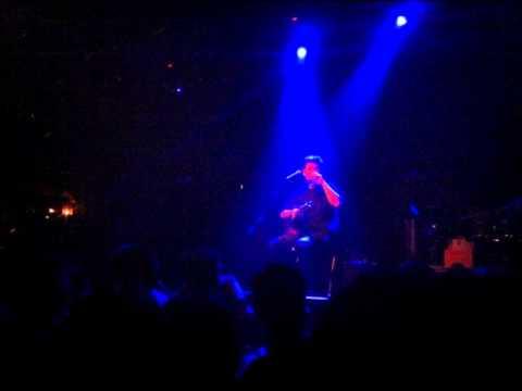 music Μάλαμας Σωκράτης - Τα παιδιά μες στην πλατεία Live