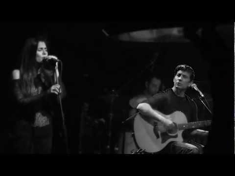 music Σωκράτης Μάλαμας & Μαρίνα Δακανάλη-Ανήσυχες μέρες