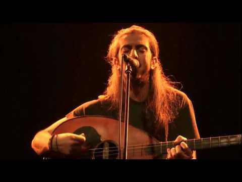 music Όταν χαράζει | Γιάννης Χαρούλης