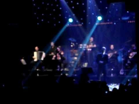 music Θάλασσες - Δημήτρης Μητροπάνος Live Κέντρο Αθηνών
