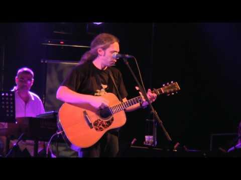 music Μιά φυσαρμόνικα που κλαίει | Αλκίνοος Ιωαννίδης