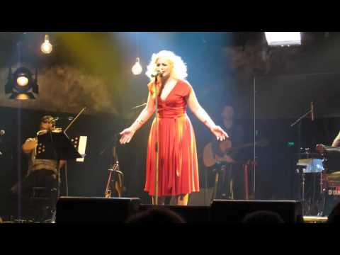 music Νατάσα Μποφίλιου - Λοχαγός Έρωτας @ Gazoo 2012