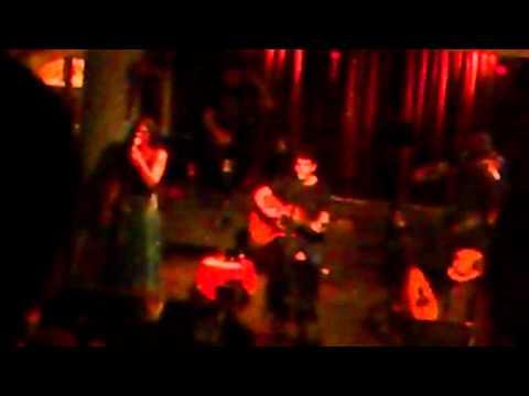 music Σωκράτης Μάλαμας - Να βάλω τα μεταξωτά (Live)